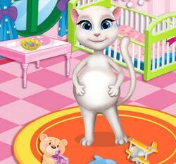 Анжела украшает комнату